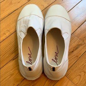ED by Ellen DeGeneres Pull On Sneakers